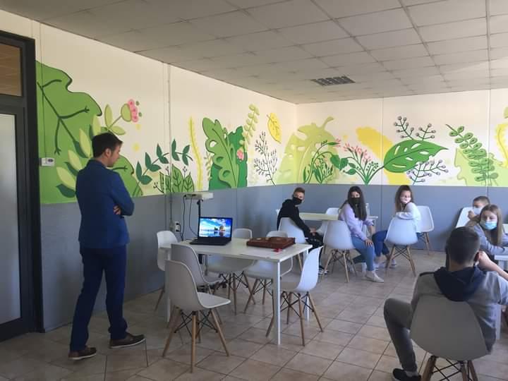 У Губеревцу одржано предавање о болестима зависности